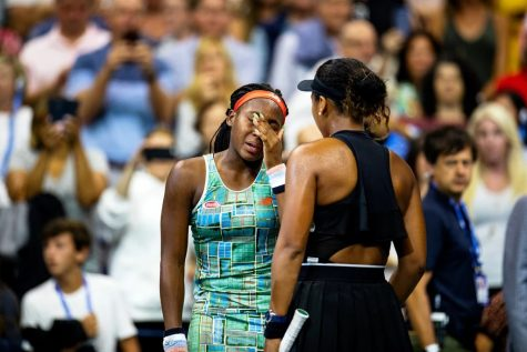 Gauff (left) is comforted by Osaka (right) after losing in the 3rd round of the U.S Open.