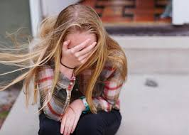 Unhealthy relationships can result in both mental and physical damages for teens.