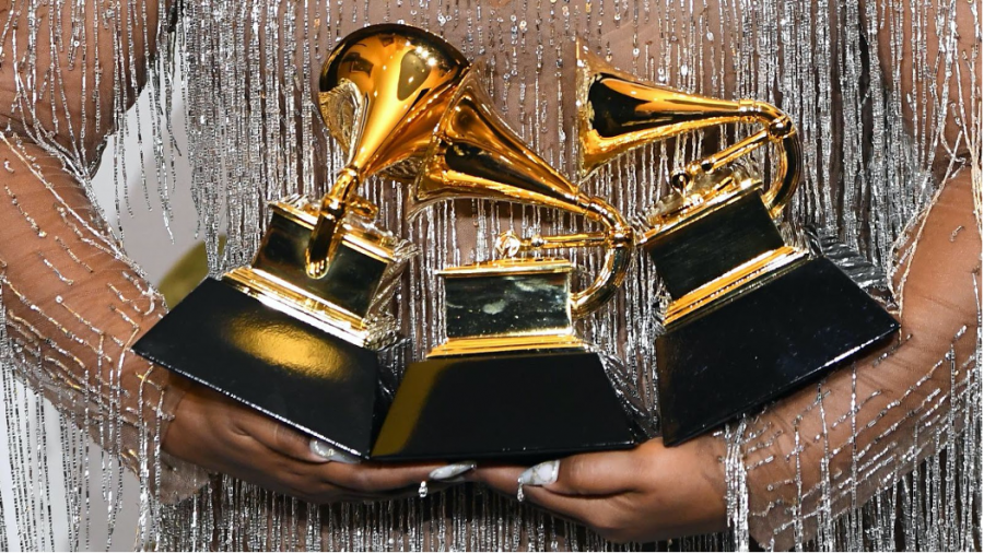 It has been announced that Beyonce and Dua Lipa will be headlining the 2021 Grammys.